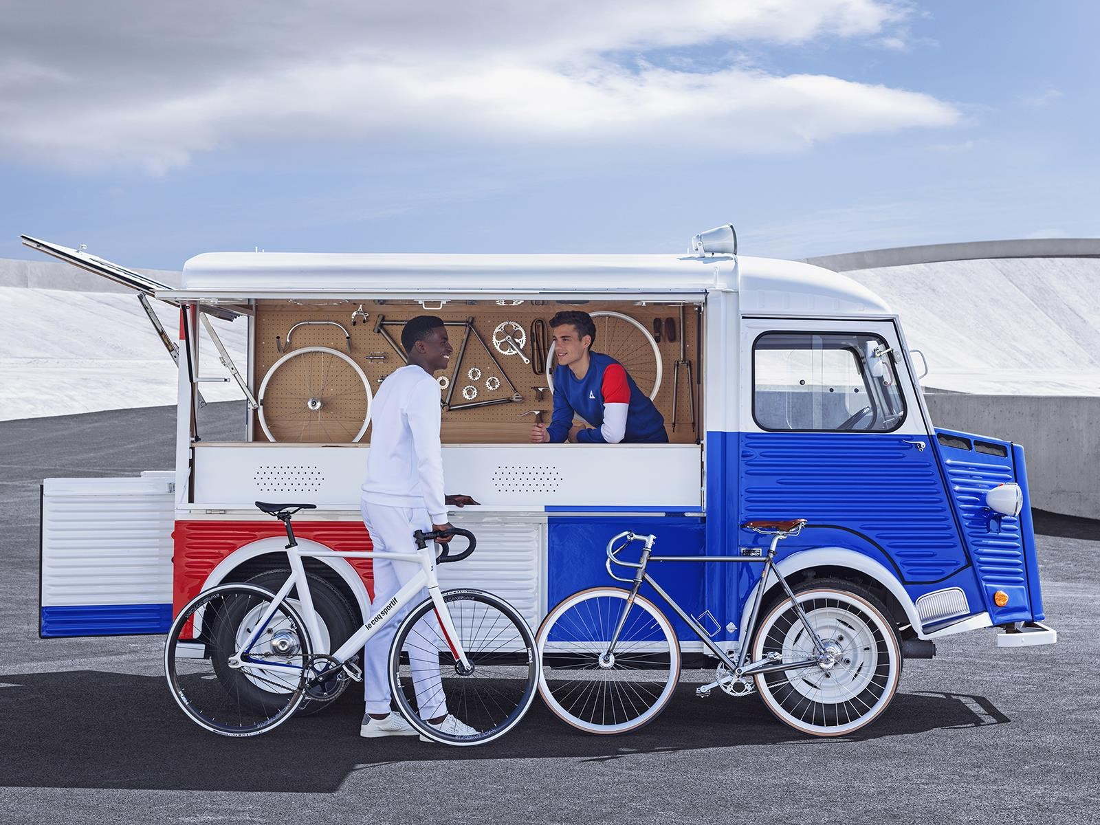 Le Coq Sportif y Citroën unidos por los 70 años de la Serie H