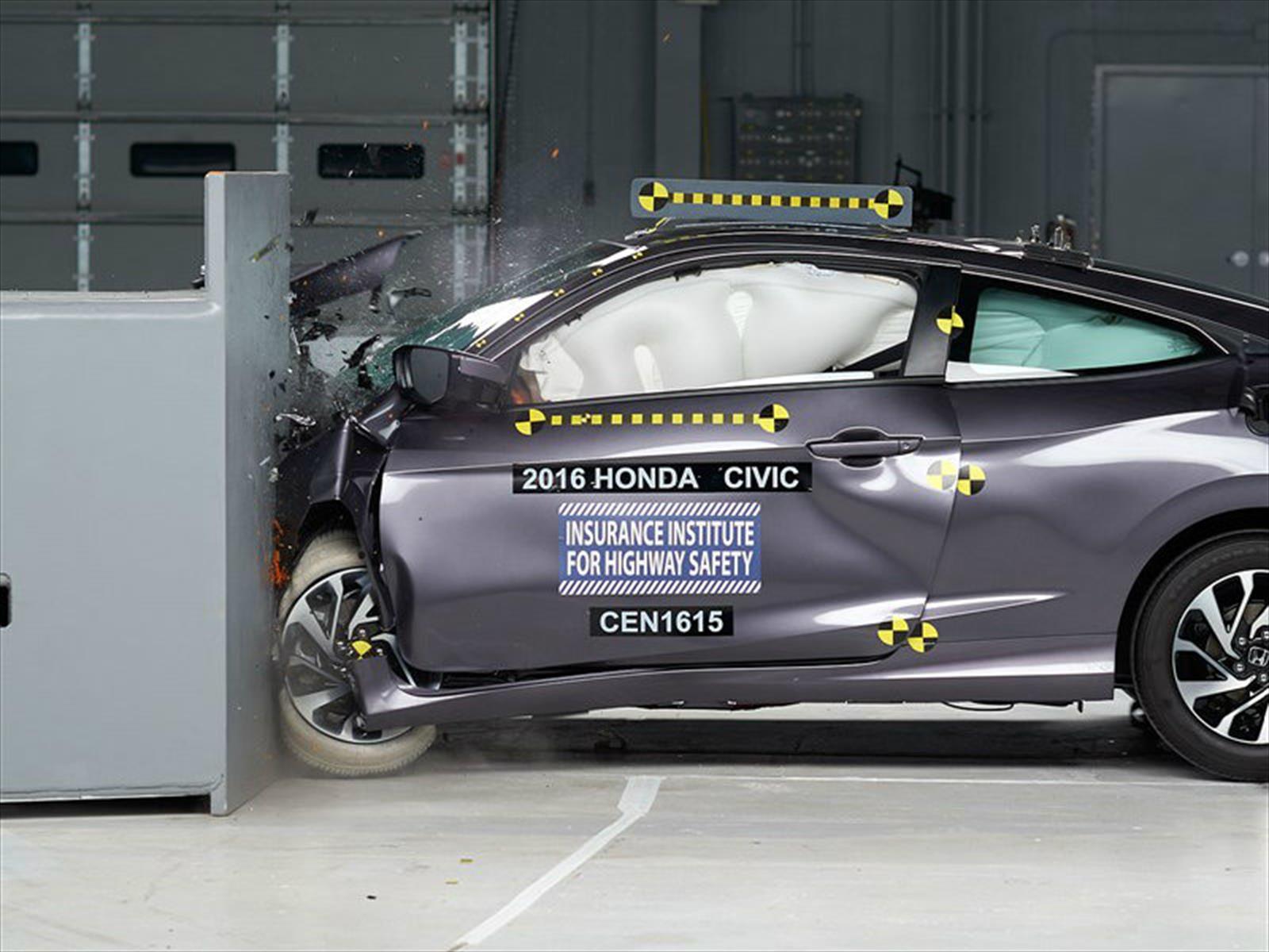 Honda Civic Coupé 2016 calificado como Top Safety Pick+ por el IIHS