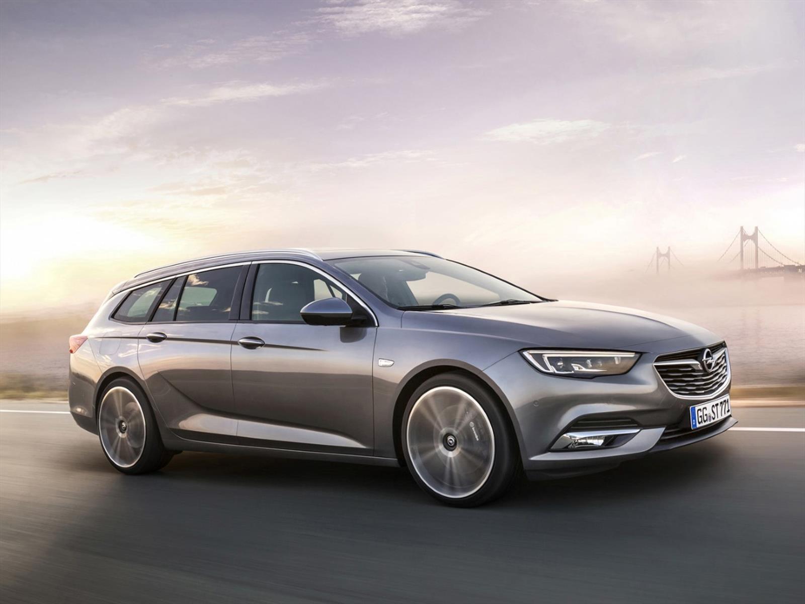 Opel Insignia 2018, el station wagon europeo tiene nueva cara