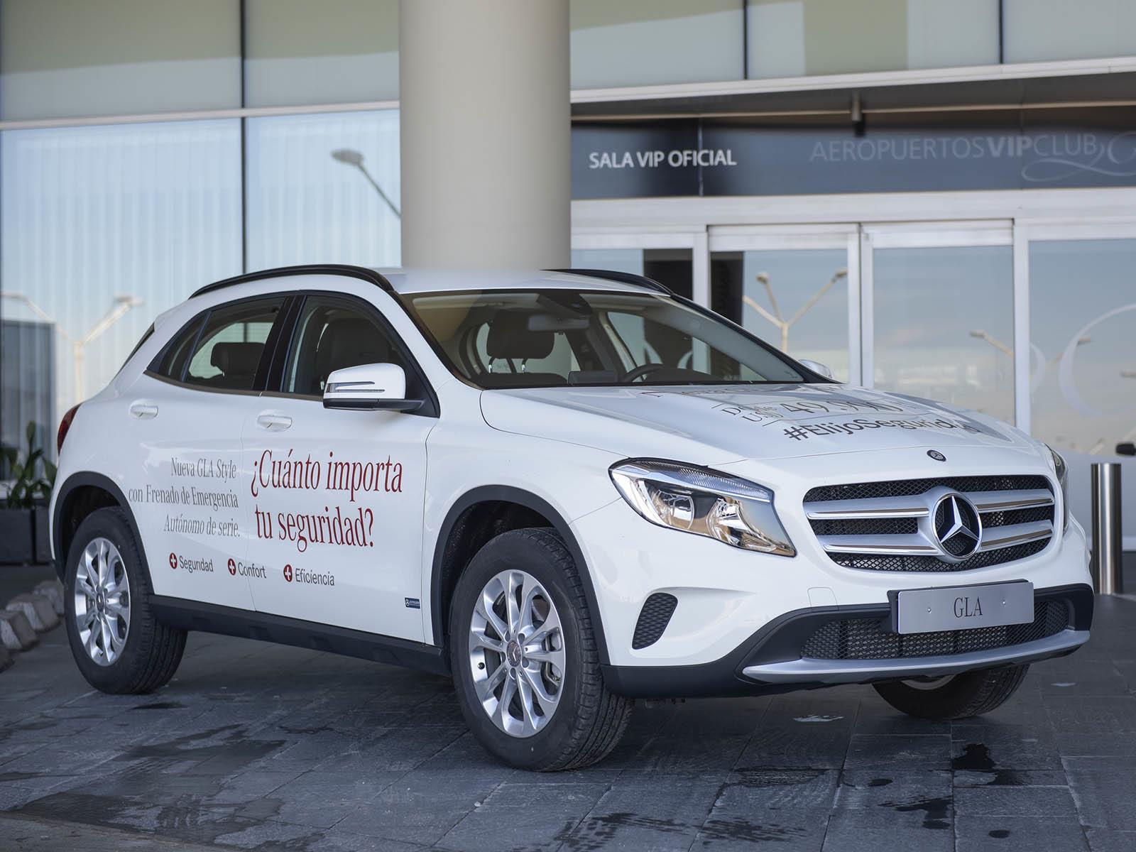 Video: Mercedes-Benz GLA frena de forma autónoma en Uruguay