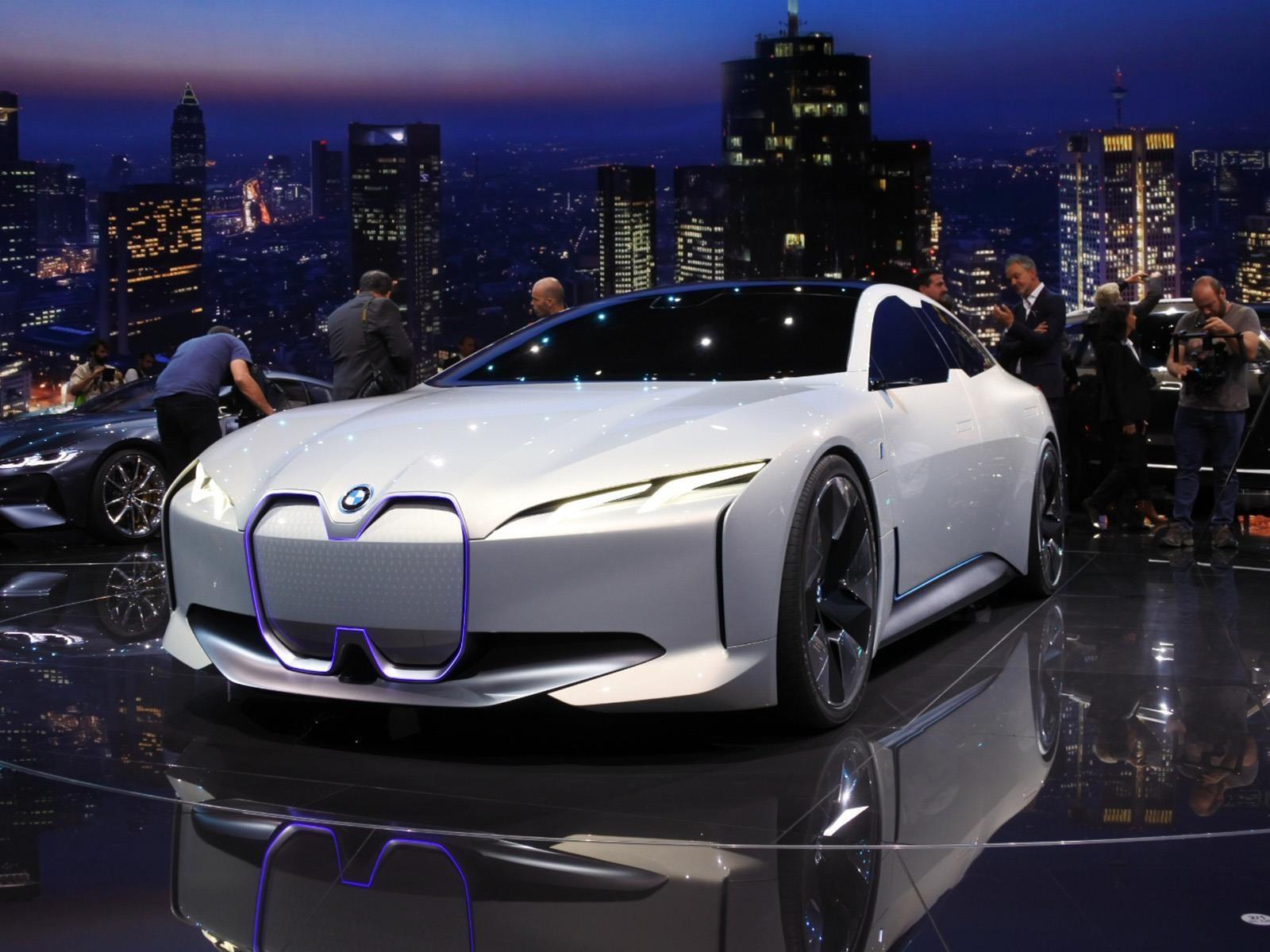 BMW i Vision Dynamics Concept, ¿pondrá a temblar a Tesla?