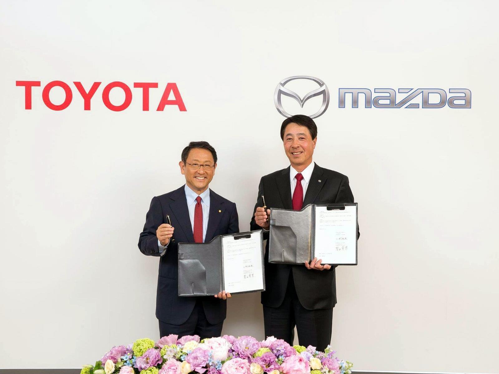 Toyota y Mazda forman alianza para construir una fábrica en Estados Unidos