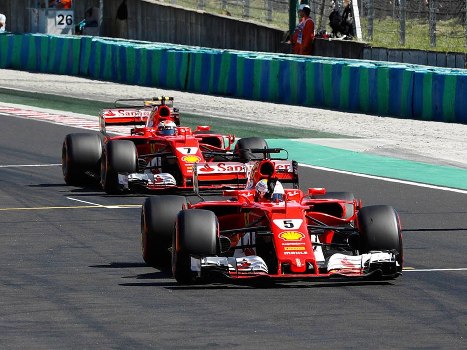 F1 2017: Hungria se tiñe de rojo con el 1-2 de Ferrari