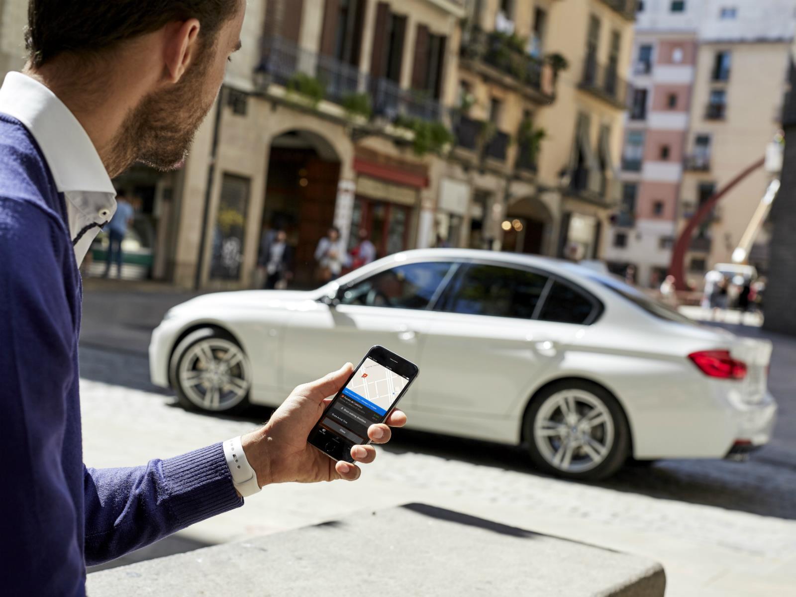 BMW convierte sus vehículos en dispositivos inteligentes