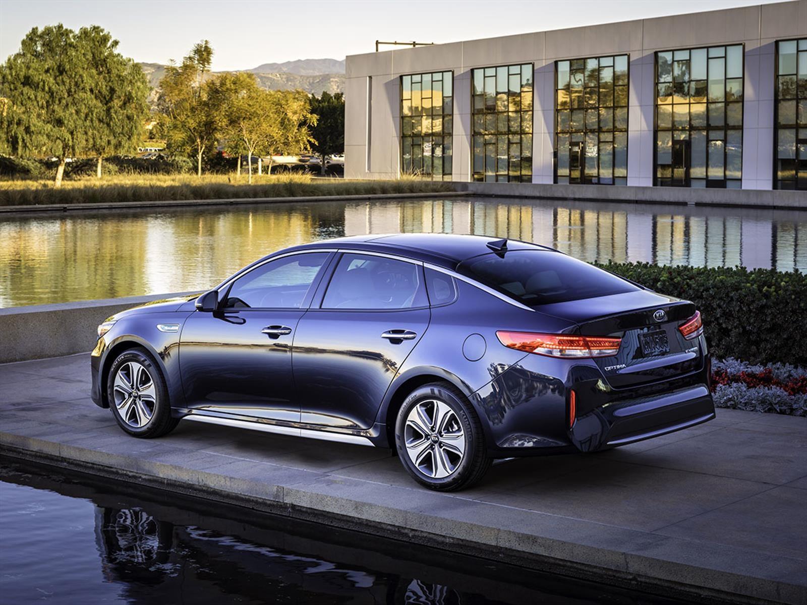 Kia Optima y Sportage en el Top 10 de autos más reconocidos por Kelley Blue Book