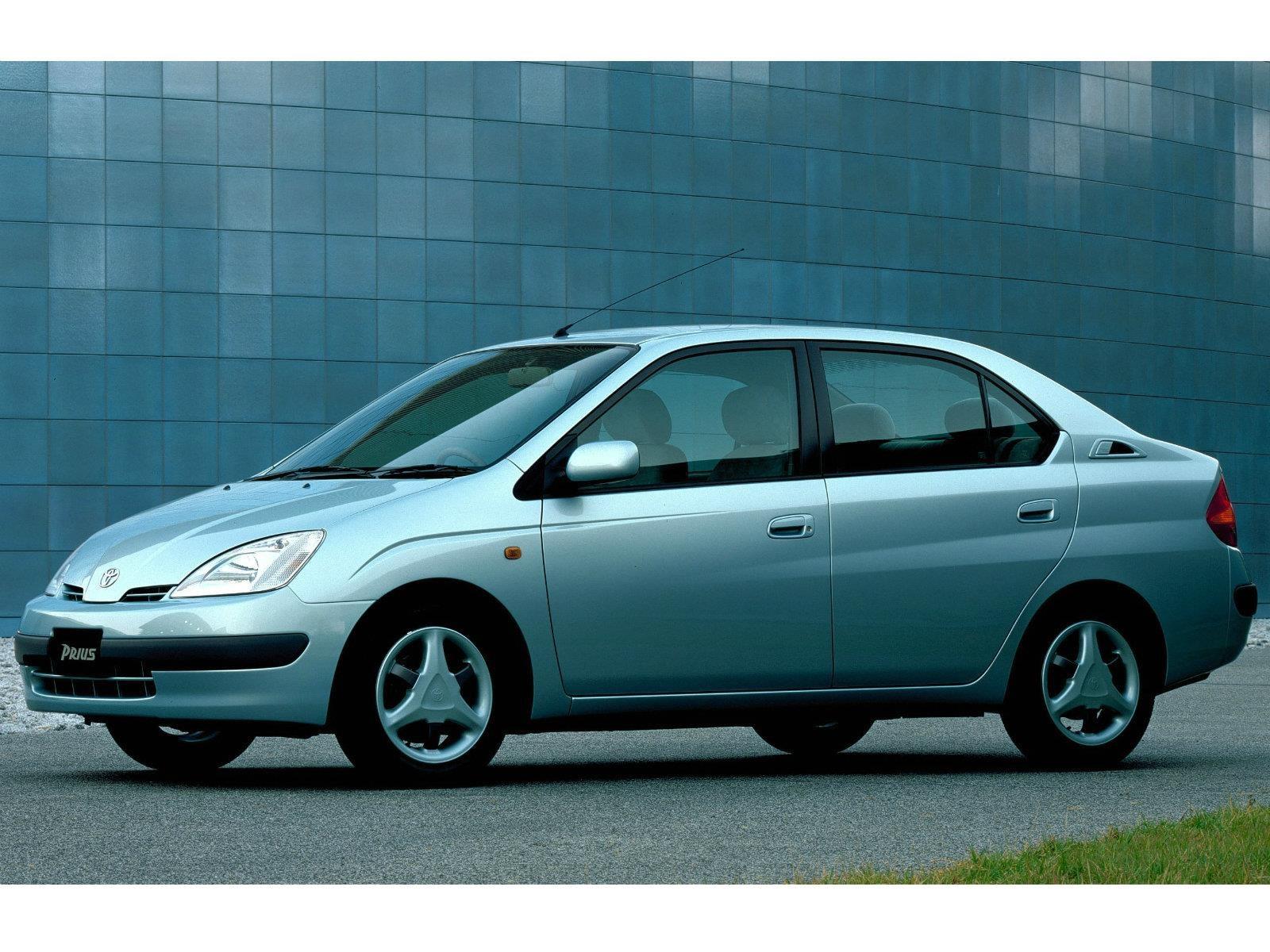 Toyota Prius y sus cuatro generaciones