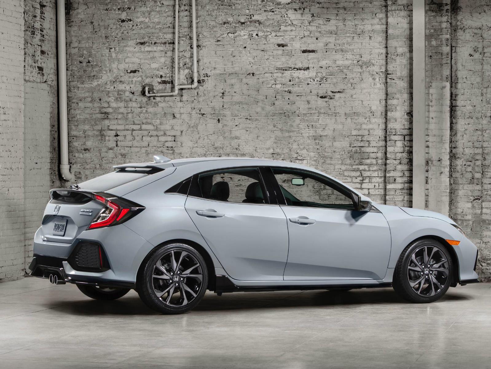 Honda Civic Hatchback 2017, moderno y deportivo