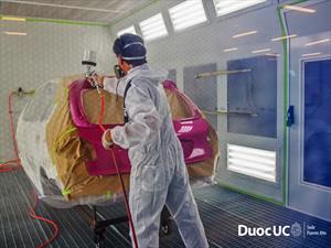 Duoc UC: Inaugura 1er Centro de Entrenamiento de Pintura Automotriz