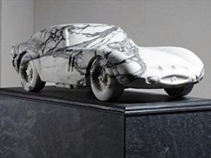 Un Ferrari 250 GTO de mármol