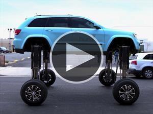 Este Jeep pasa por encima de todos