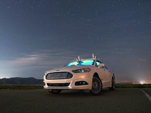 Los vehículos autónomos de Ford pueden circular en la oscuridad