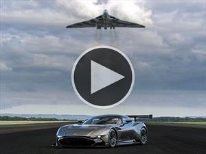 Video: Aston Martin reúne al Vulcan con el Vulcan