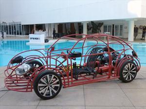 Volkswagen crea una jaula para la observación de tiburones en forma de Beetle
