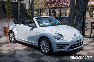 Volkswagen Beetle Cabriolet 2017 llega a Chile por $17.990.000