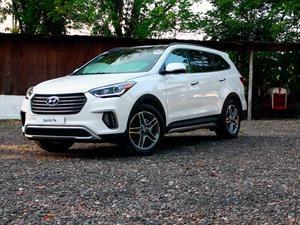 Hyundai Santa Fe 2018 llega a México en $632,900 pesos