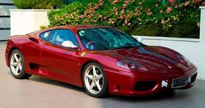 Ferrari 360 Modena ¿Edición Hello Kitty?