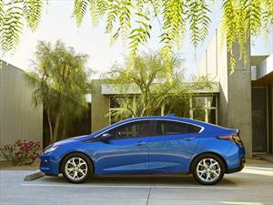 Chevrolet Volt 2016, ahora con una autonomía eléctrica de 85 Km