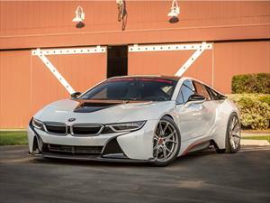 BMW i8 by Vorsteiner debuta