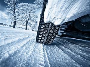 5 elementos básicos para conducir en invierno