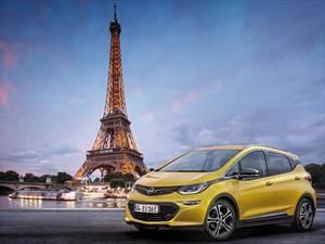 Francia prohibiría la venta de automóviles a combustión