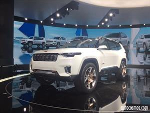 Jeep Yuntu, siete asientos y motor híbrido plug-in