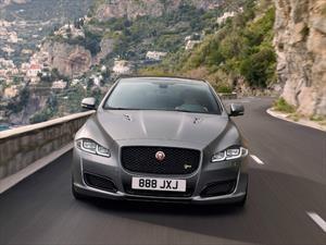 Jaguar XJR575 2018 es el nuevo sedán de alto rendimiento británico