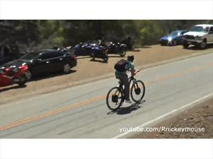 Video: Bicicleta eléctrica armada a mano que viaja a 80 Km/h
