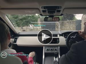 Land Rover promete organizar tu vida desde el auto
