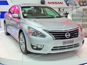 Nuevos Nissan Sentra y Altima 2013: Debut en Chile