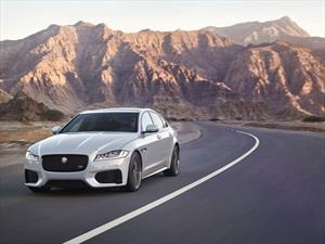 Jaguar XF 2017 se presenta