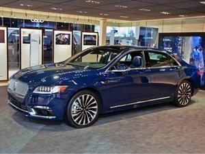 Lincoln Continental 2018 llega a México en $1,285,000 pesos
