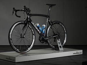 Jaguar y Pinarello diseñan la nueva bicicleta del equipo SKY para el Tour de France