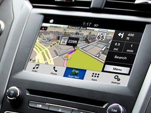 """Ford SYNC AppLink, la tecnología que proyecta """"apps"""" en la pantalla del auto"""