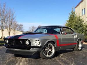 Ford Mustang 1969 es restaurado por Schwartz Performance