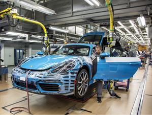 Porsche Cayman 718 2017 inicia producción en Stuttgart