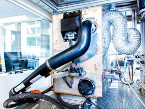 Nissan prueba los combustibles alternativos