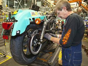 Harley-Davidson baja ventas y despedirá a 200 trabajadores
