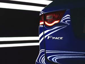 Jaguar F-PACE, llega la versión definitiva del C-X17 Concept