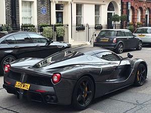 Gordon Ramsay es dueño de un Ferrari LaFerrari
