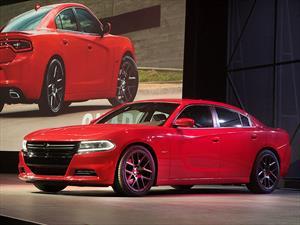 Dodge Charger 2015 renovado se devela en la Gran Manzana