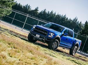 Test Drive: Ford F-150 Raptor 2017