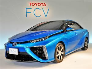 Toyota FCV lleva el hidrógeno a las calles en 2015