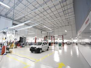 Nissan repara 215,000 unidades al año en sus Talleres de Carrocería y Pintura