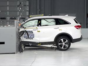 Kia Sorento 2016 calificado comoTop Safety Pick del IIHS