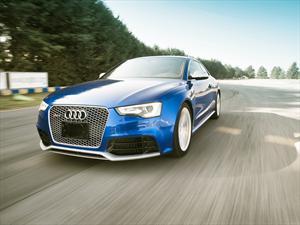 Audi RS5 en la pista