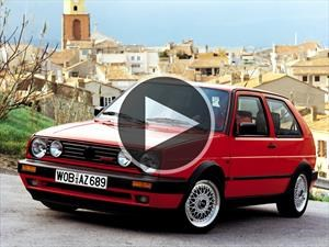 Video: VW Golf Mk2 vs. Audi R8 y Dodge Challenger