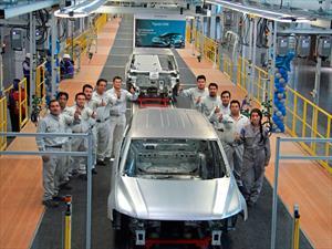 Sale la primera carrocería del Volkswagen Tiguan 2017 en México