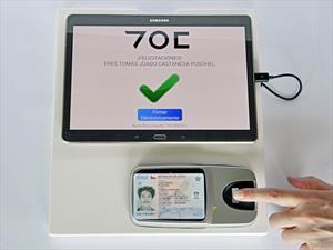 Presentan proceso digital para transferencia de autos