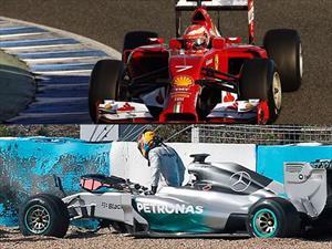 F1: Ferrari es el más rápido, Hamilton choca su Mercedes W05