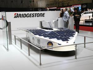 Bridgestone es patrocinador del World Solar Challenge 2015